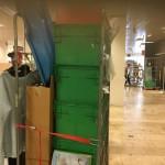 Ook bedrijven zoals V&D vragen Hoop voor Morgen om kleding op te halen